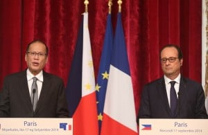 Paris, FRANCE – President Benigno S. Aquino III and French President Francois Hollande delivers their statements during the Joint Press Statement at the Ground Floor of the Palais de L'Elysee on Wednesday (September 17, 2014). (Photo by: Ryan Lim / Malacañang Photo Bureau)